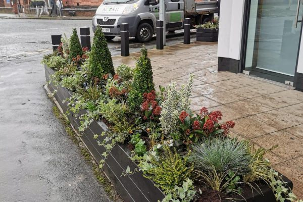 Gardeners in Knutsford